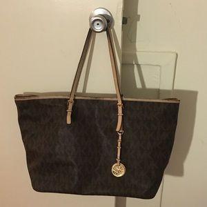 Michael kors large neverfull style tote bag